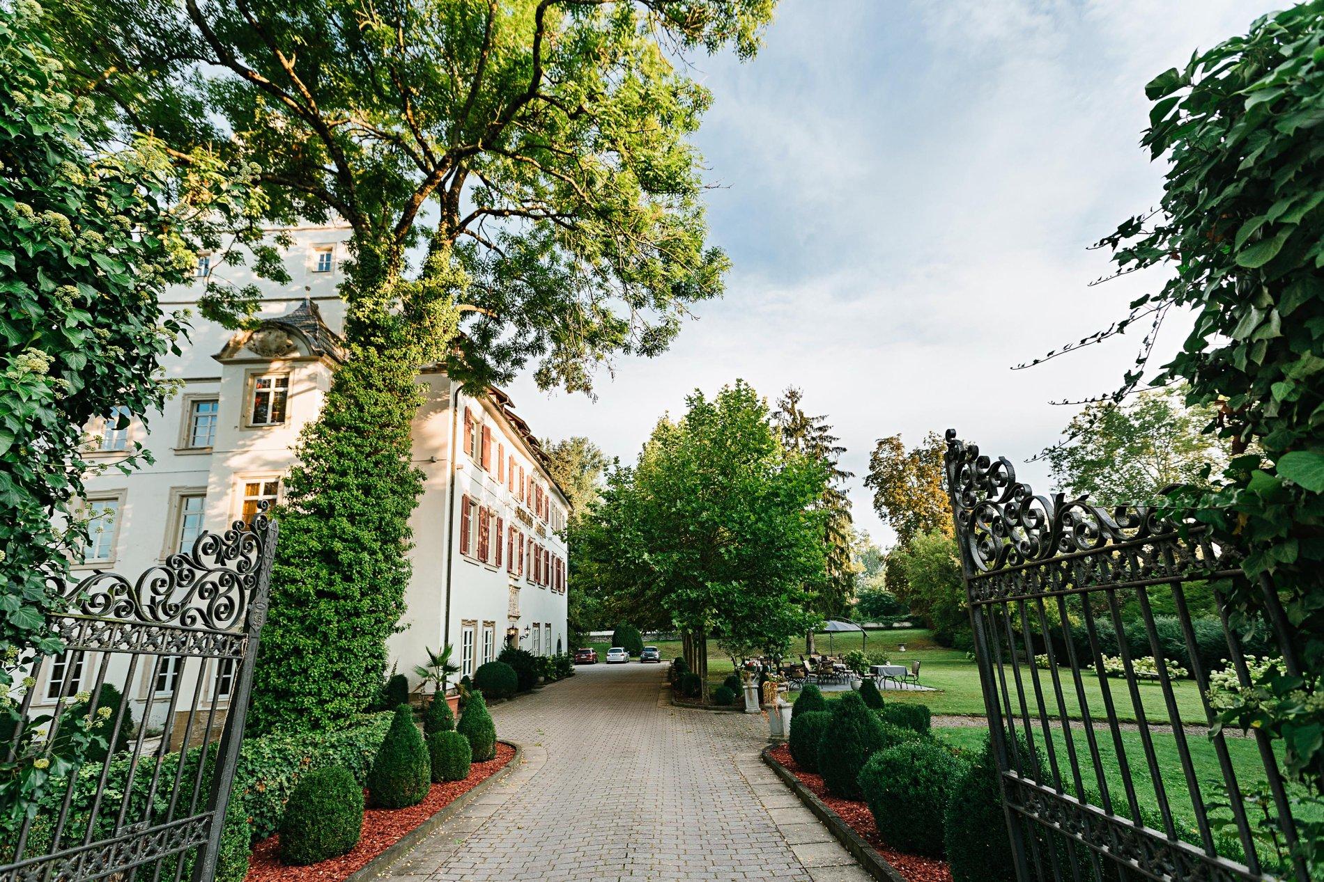 Welcome Hotel Schloss Lehen - Bad Friedrichshall - Hofauffahrt