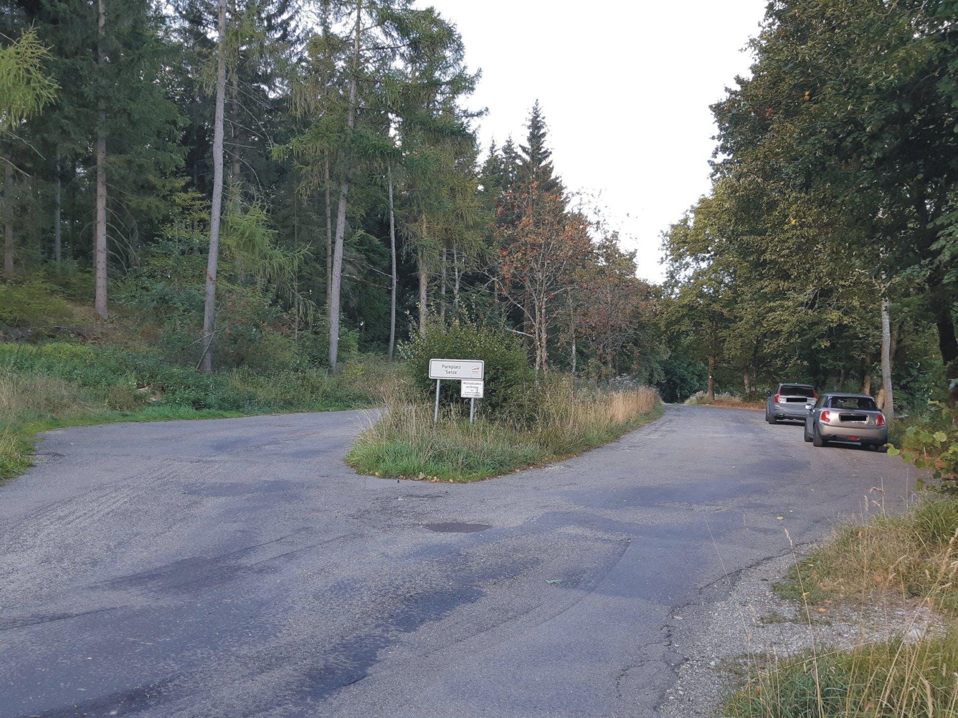 Wanderparkplatz Setze - Startpunkt Traufgang Schlossfelsenpfad