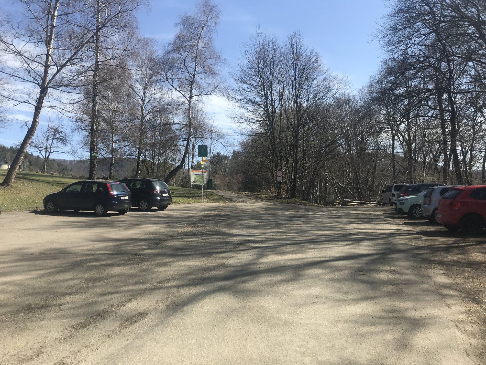 Parkplatz Waldspielplatz Beuren