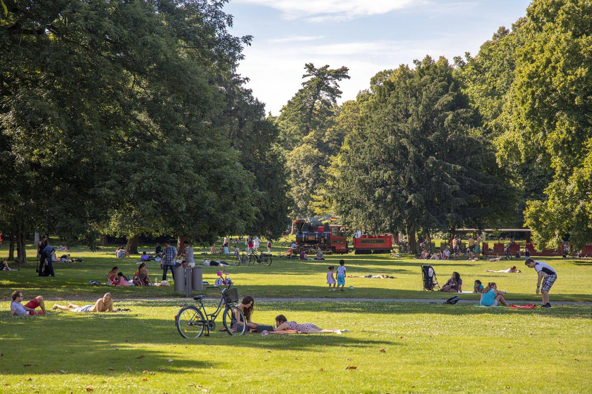 Schlossgarten Menschen
