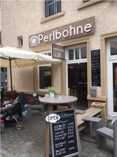 Ausenansicht Café Perlbohne
