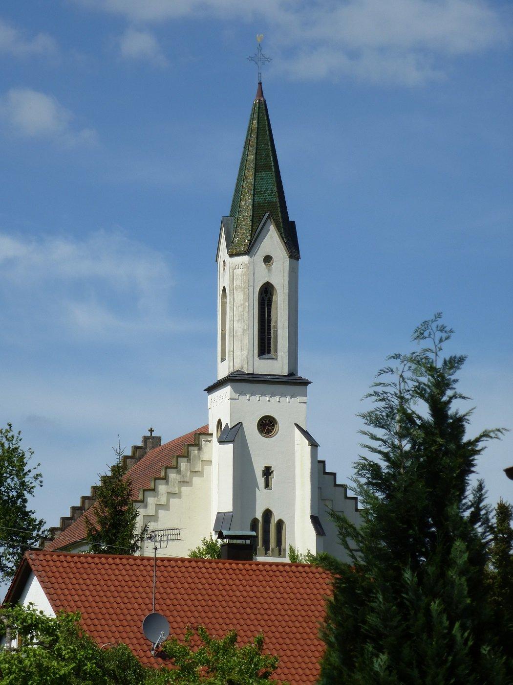Kirchturm der St. Patriciuskirche Heiligenzimmern