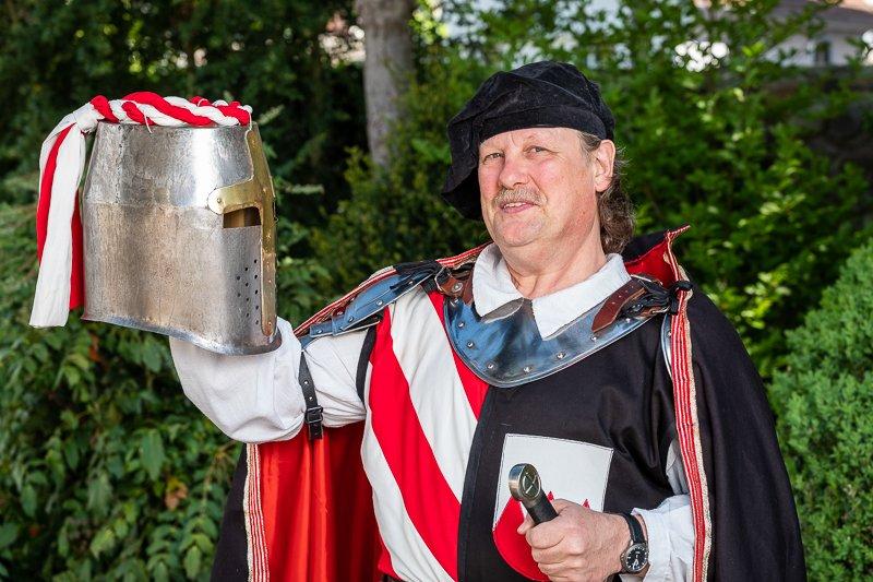 Mit Ronald Landwehr ins Leben eines Ritters schlüpfen...