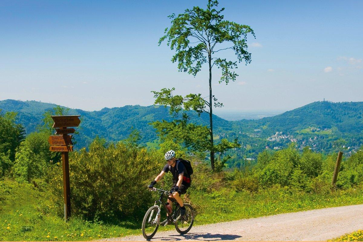 Mountainbiken in Baden-Baden (Beispielfahrrad)