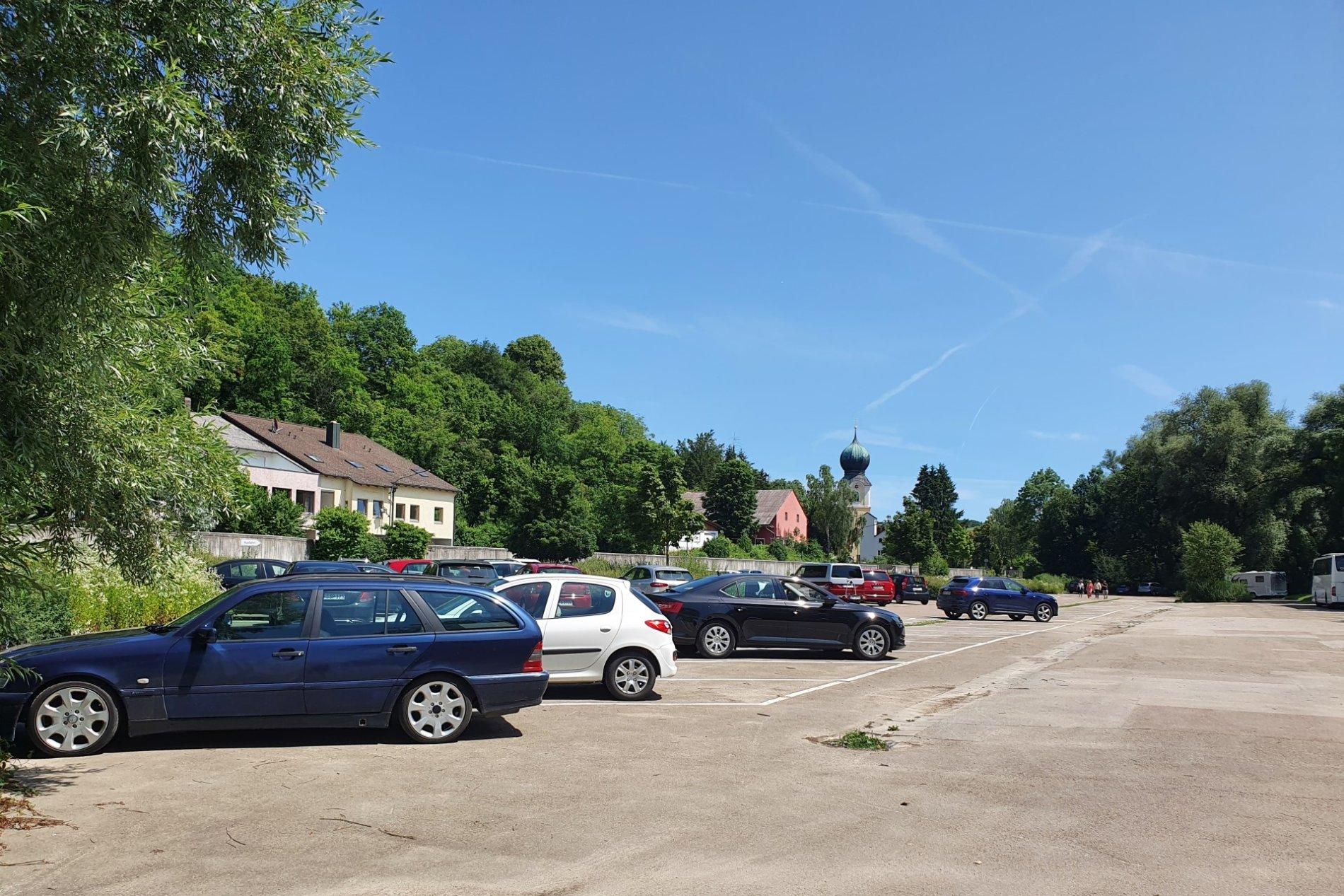 Großparkplatz in Weltenburg