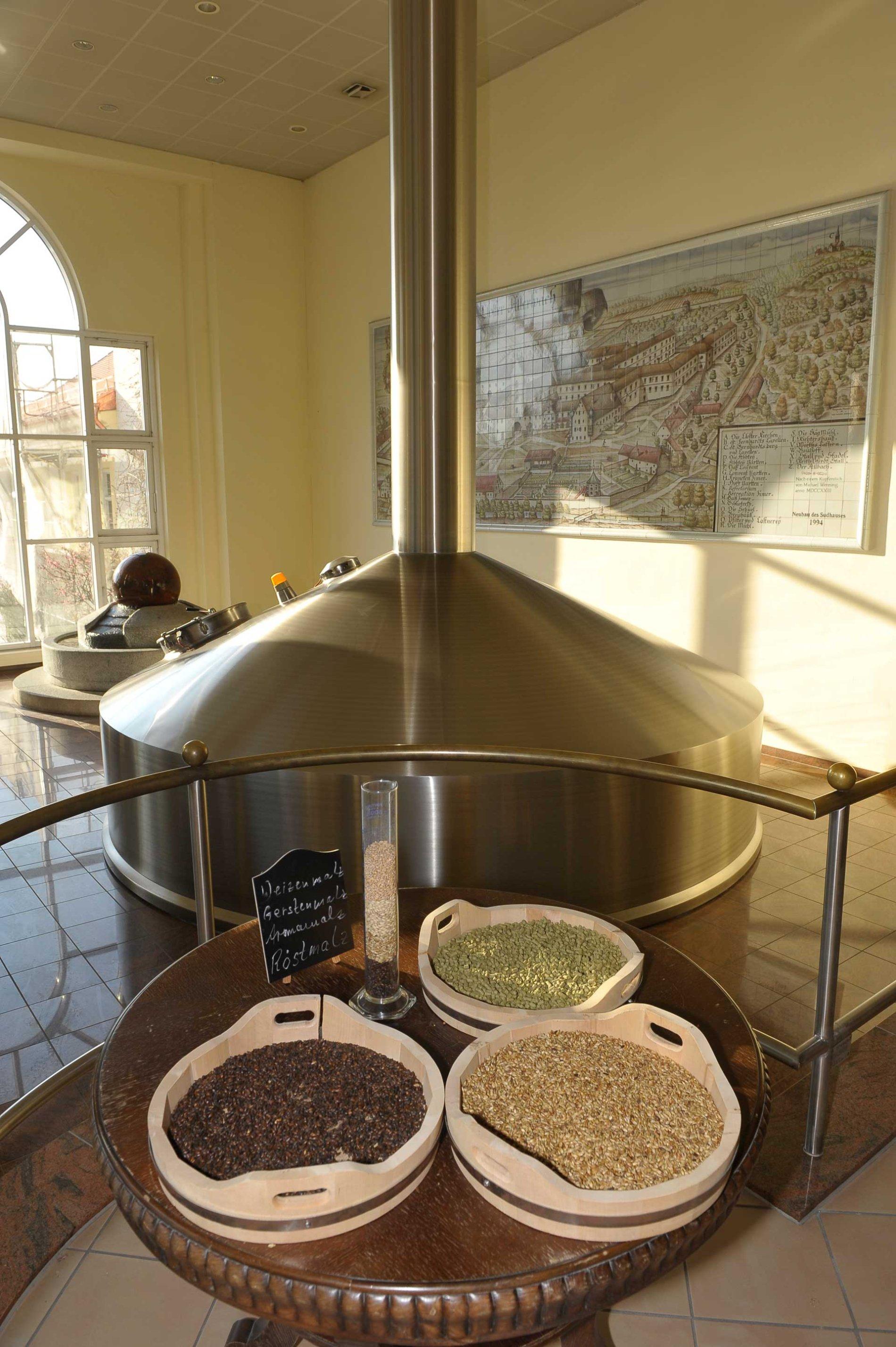 Hopfen und Malz in der Brauerei Aldersbach