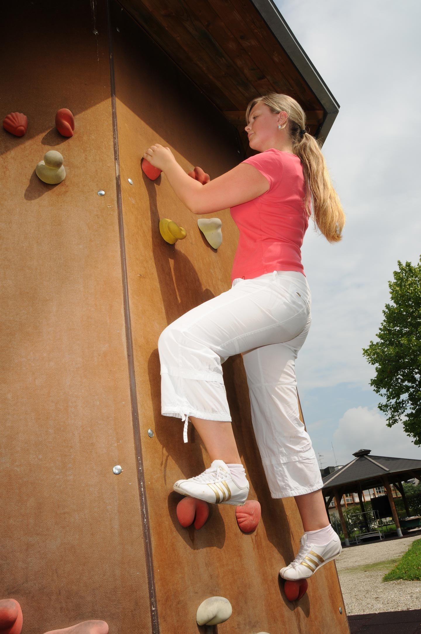Kletterturm im Bewegungsparcours Bad Füssing