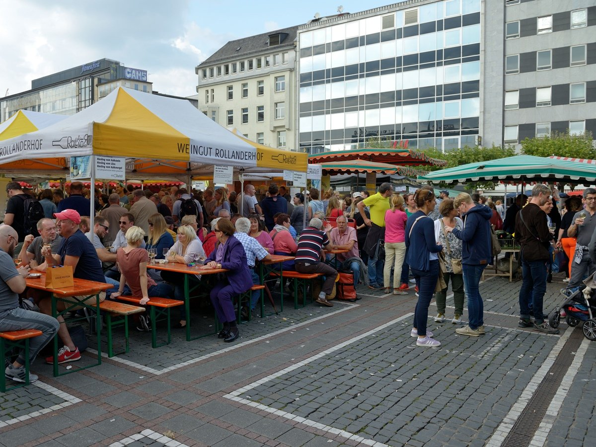 Wine stall at the Konstablerwache