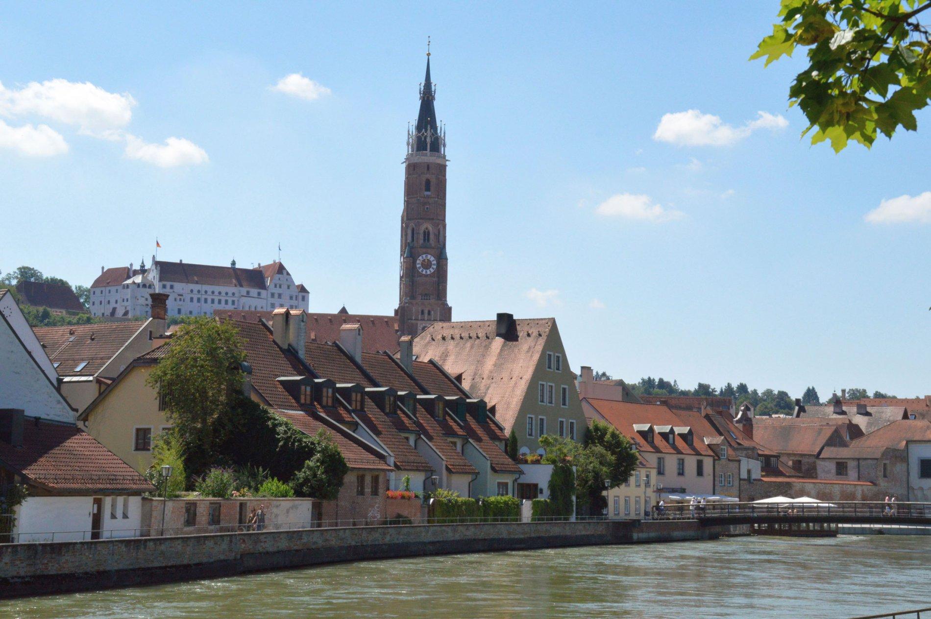 Blick von der Mühleninsel auf Landshut
