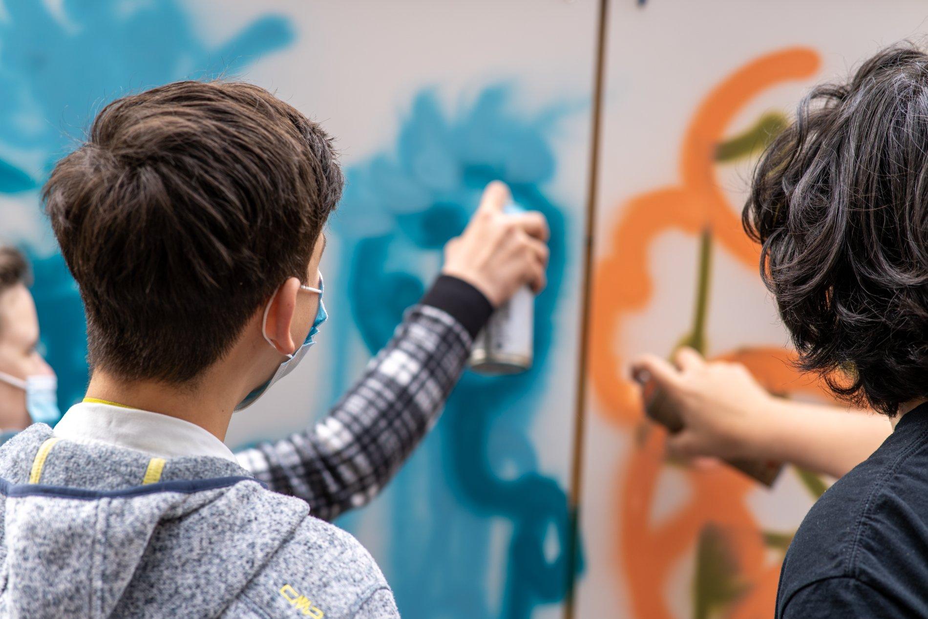 Jugendliche Streetart-Künstler