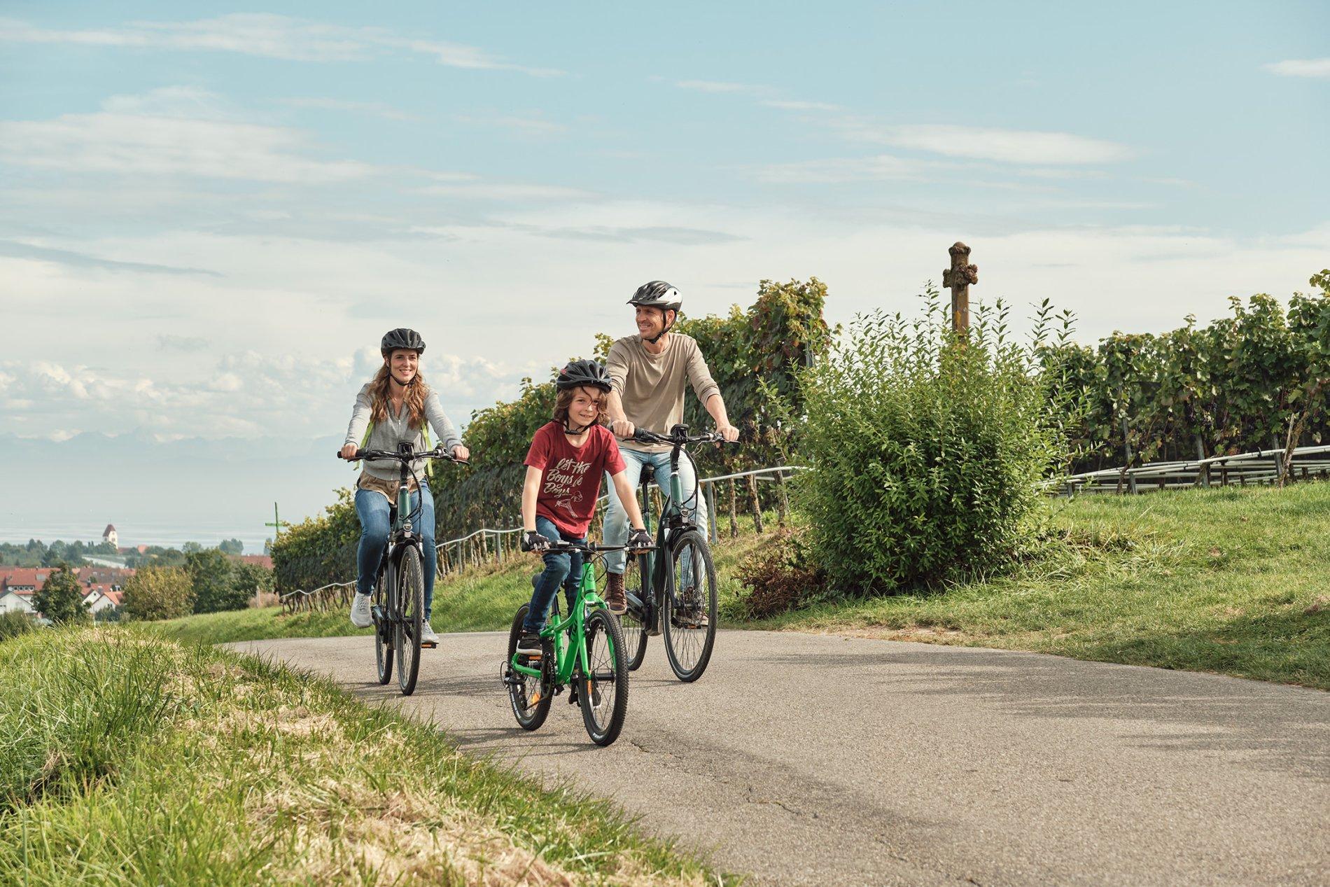 Familie Radtour am Hohberg im Herbst