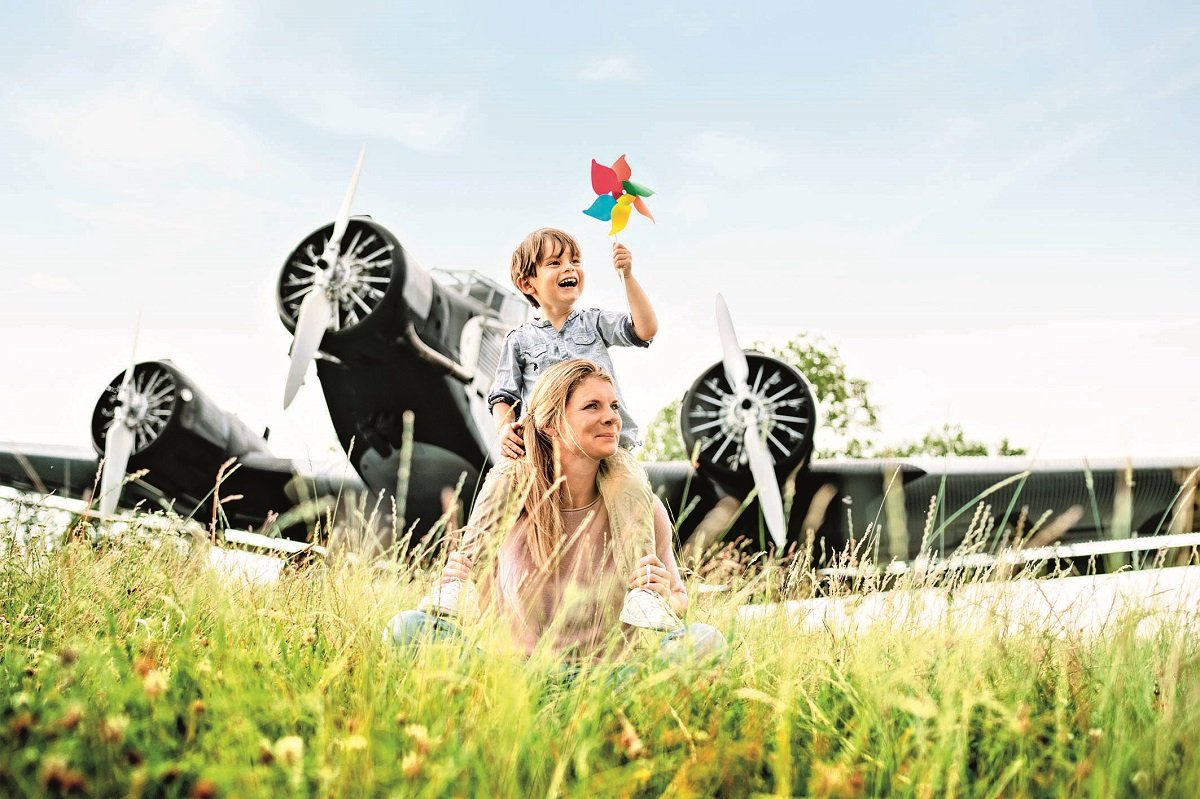 Im Besucherpark Flughafen München mit Oldtimer Flugzeug