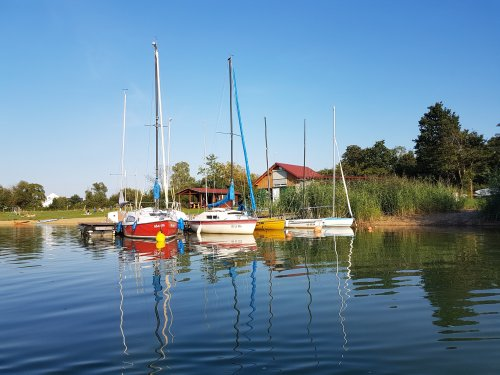 Boote am  Singliser See