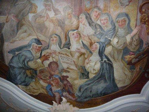 Deckenfresko auf der Nonnenempore