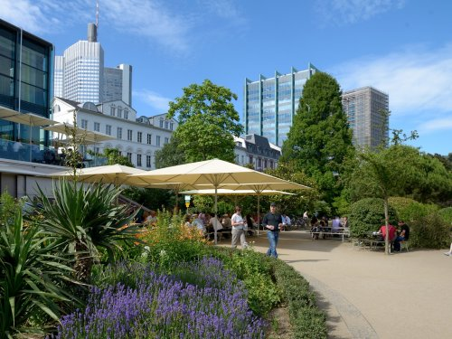 Nizzagärten am Frankfurter Mainufer