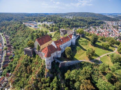 Schloss Hellenstein in Heidenheim von oben