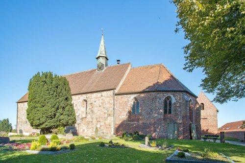 St. Cosmas und Damian Kirche in Wiarden