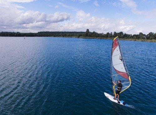 Wassersport auf dem Singliser See