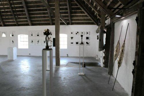 Wechselnde Ausstellungen in der Kunsthalle bei Witzwort.