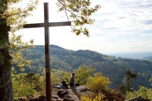 Kreuzfelsen with cross