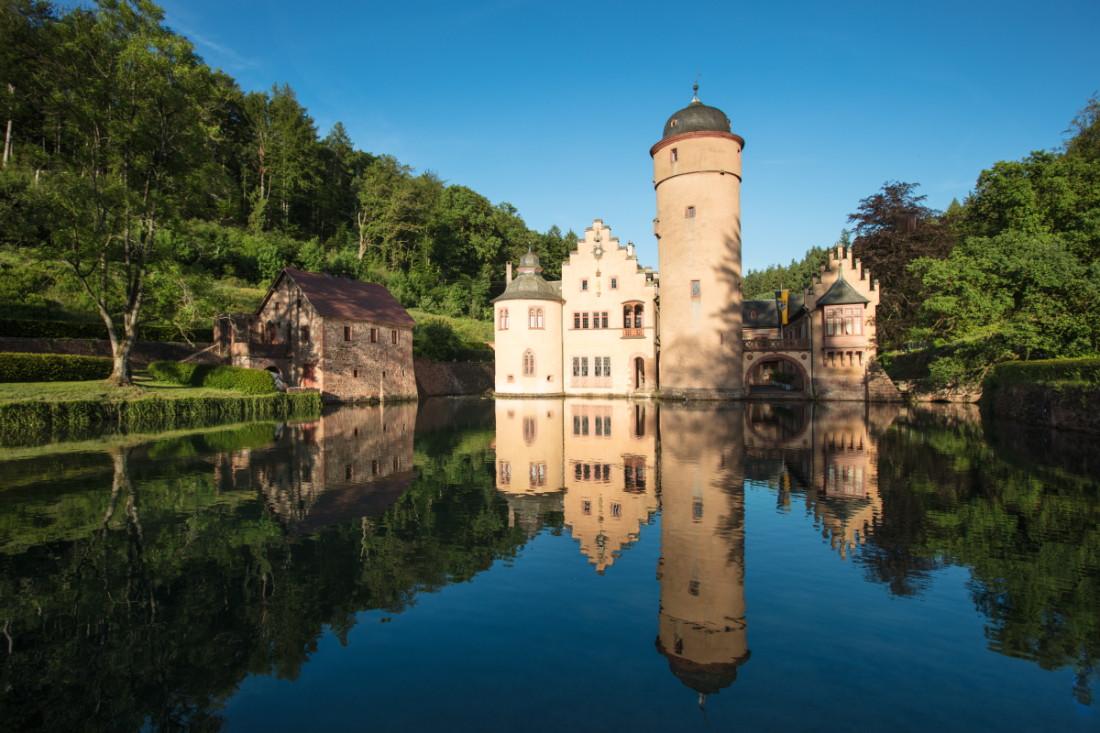Mespelbrunn: RÄUBERLAND-Pfad Geschichten und Geschichtchen