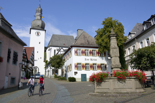 Alter Markt mit Glockenturm Arnsberg