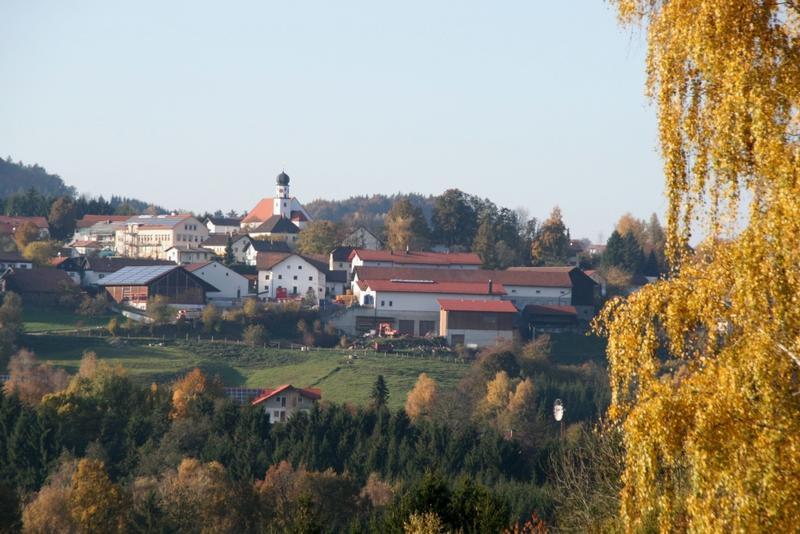 Die Erholungsgemeinde Konzell liegt zwischen Straubing und Cham