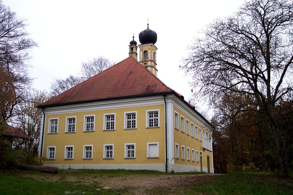 Schloss Himmelberg in der Gemeinde Offenberg im Deggendorfer Land