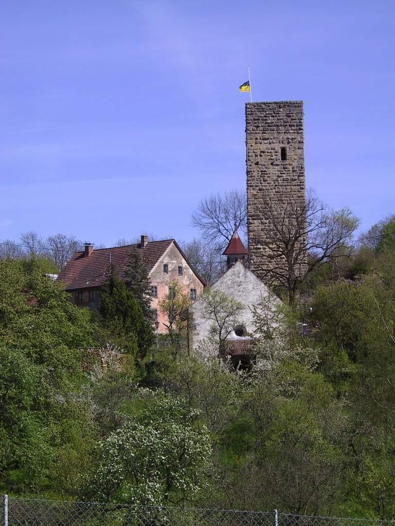 T.-Kapelle u. Turm 30,.4.02