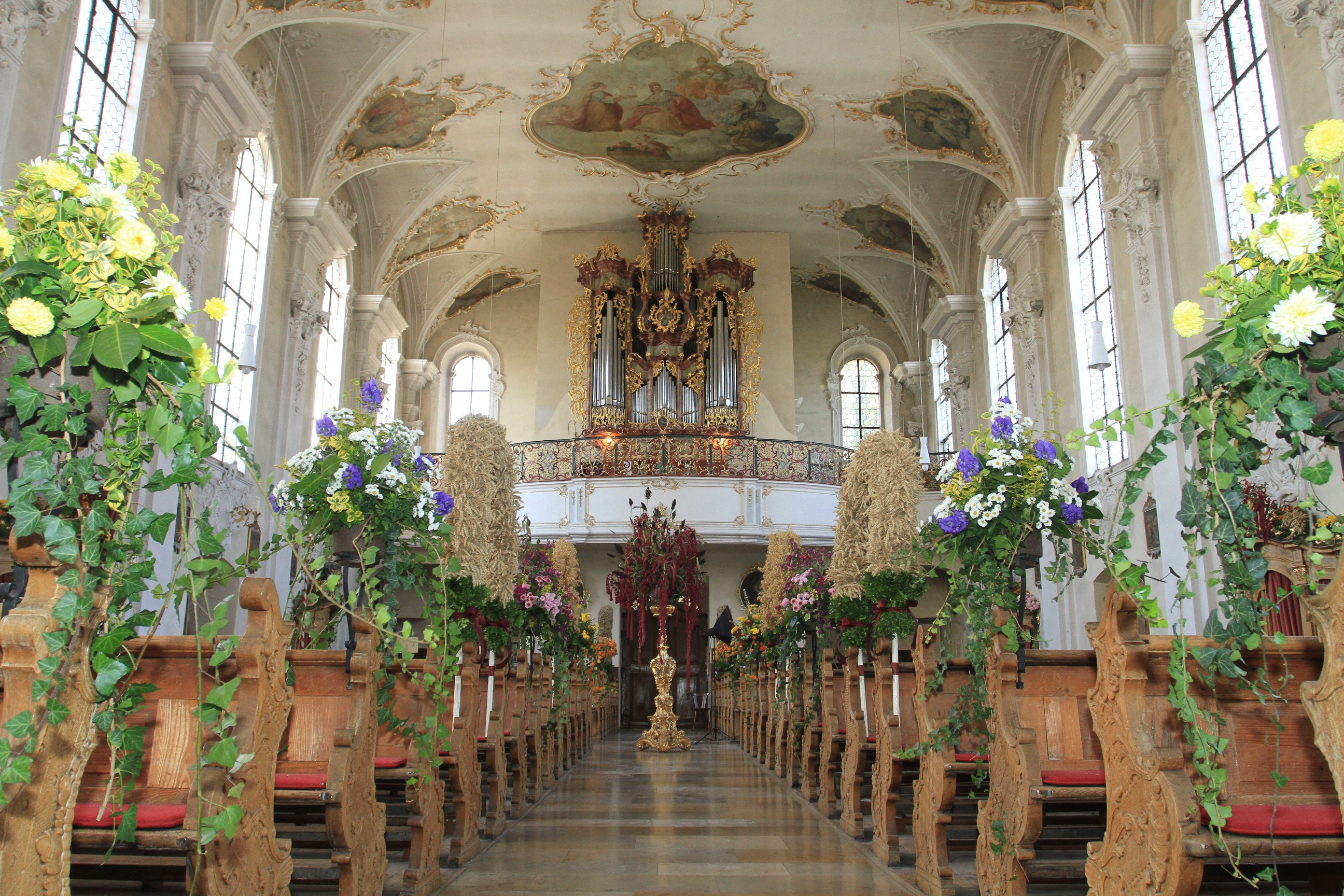 Hilzinger Barockkirche St. Peter und Paul