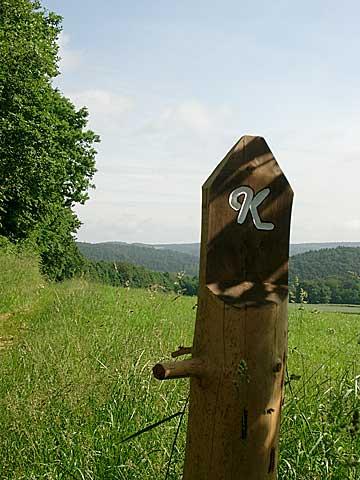 Markierungszeichen Kellerwaldsteig