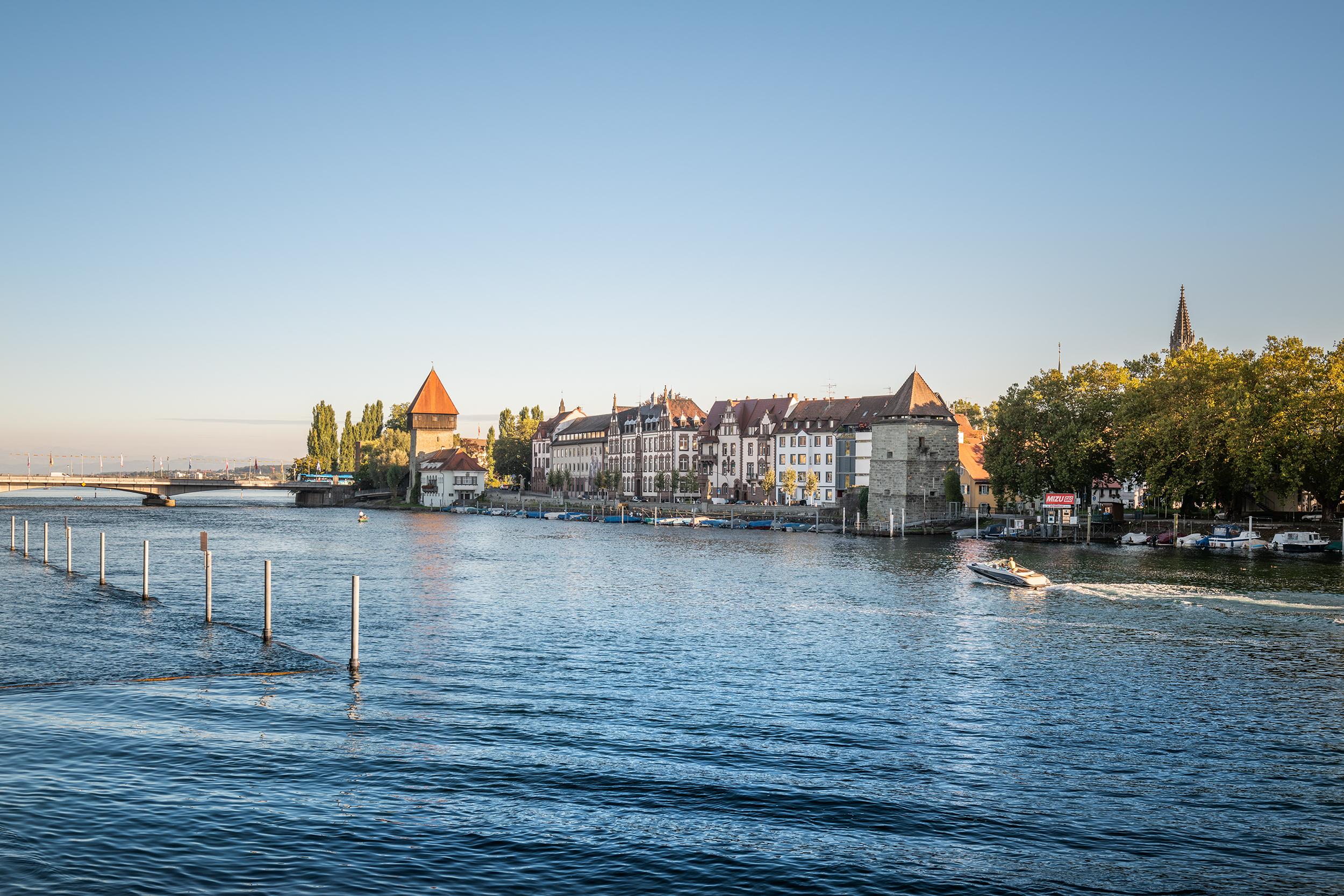 Konstanz Seerhein Rheintorturm01 S19 Schwelle