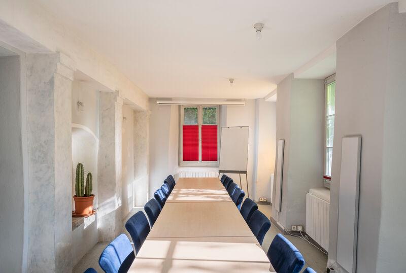"""Konferenztisch im Seminarraum """"Kleine Schmiede"""""""