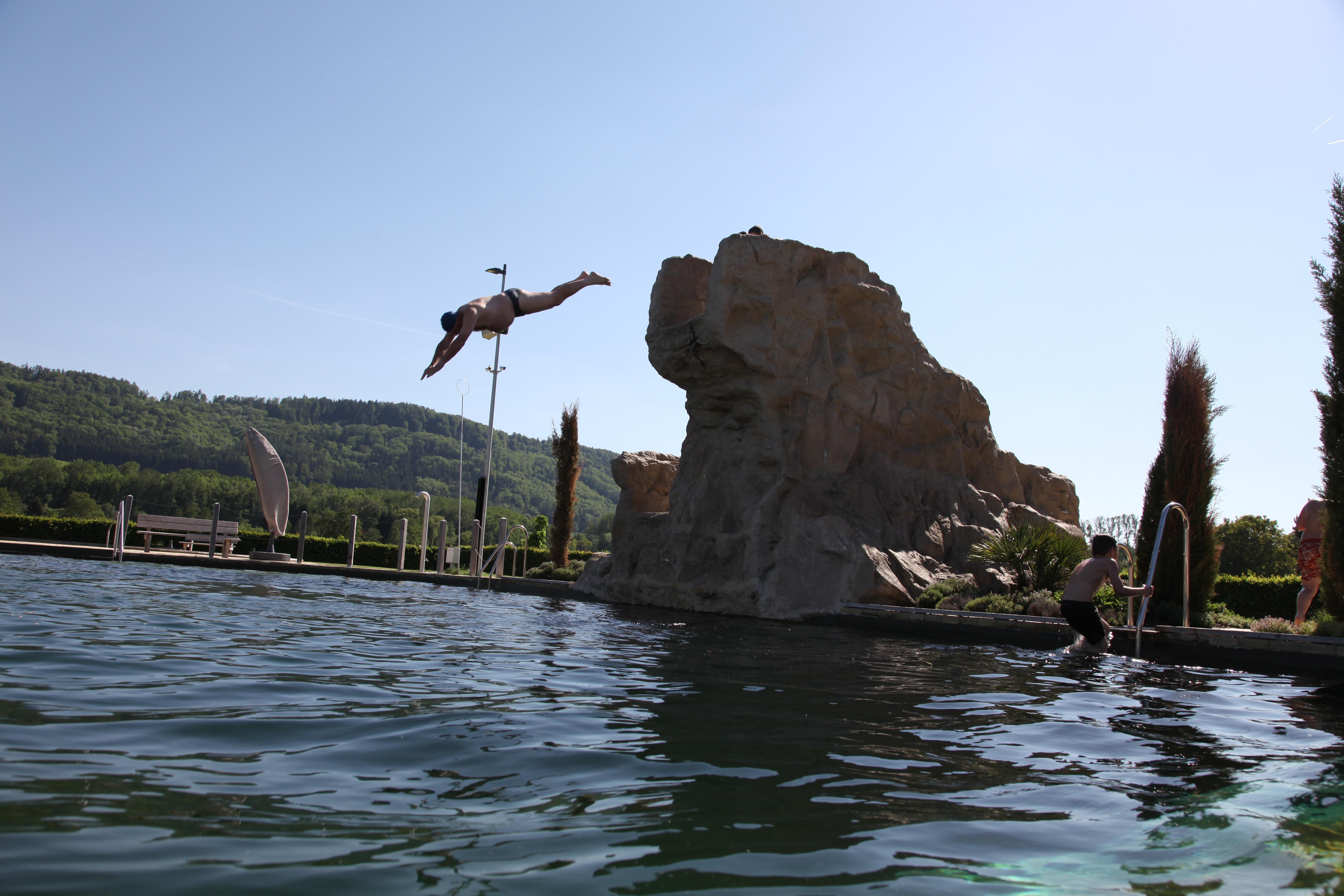 Sprungfelsen Naturbad