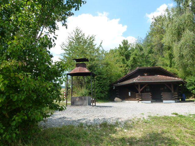 Zimmerholzer Hütte mit Grillstelle