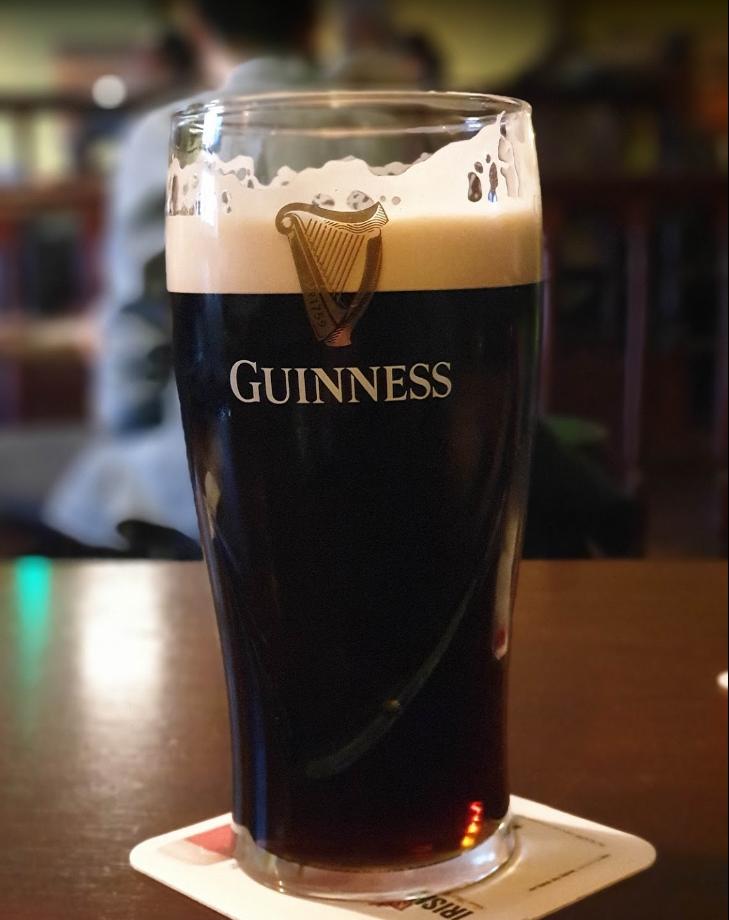 Shamrock Irish Pub 2