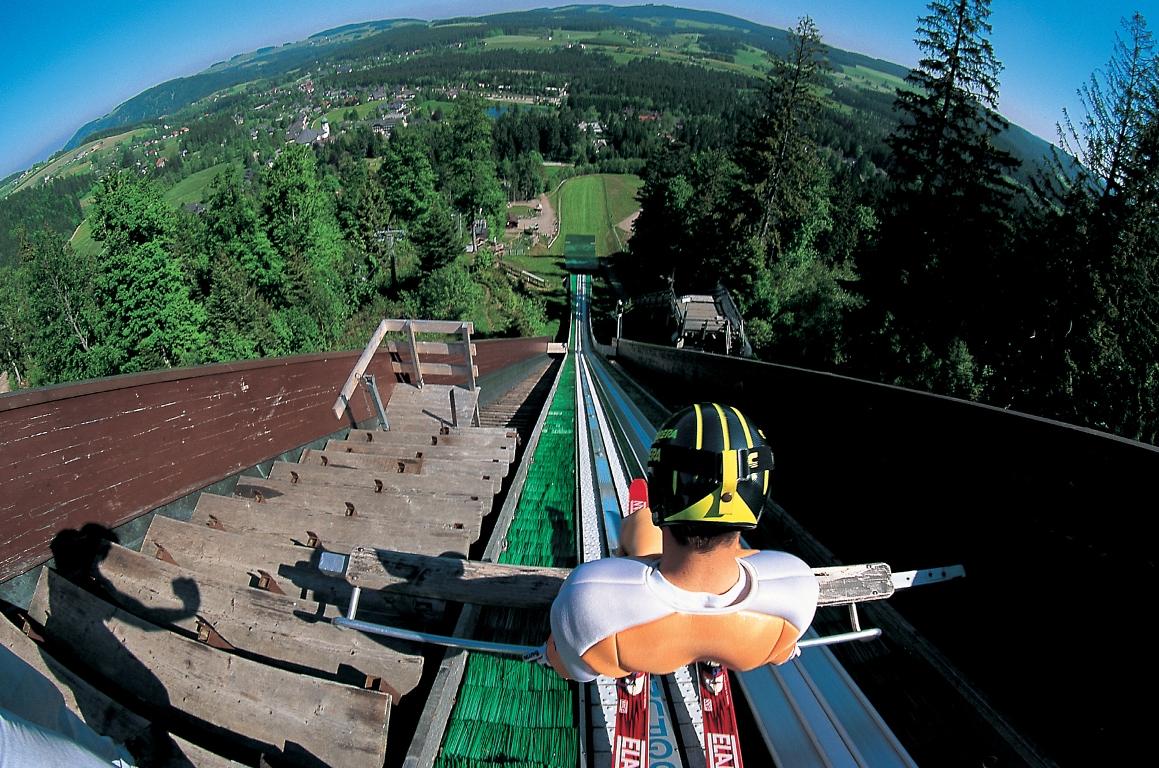 Blick von Skisprungschanze in Hinterzarten