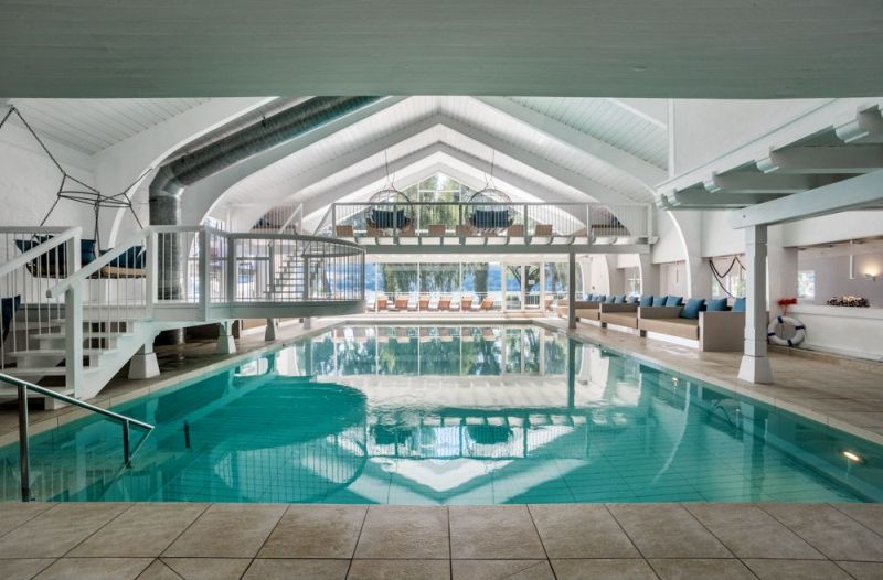 Schwimmbad im SEE SPA am Bodensee