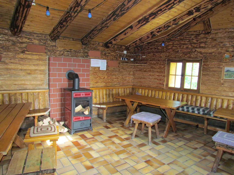Zimmerholzer Hütte, Innenraum