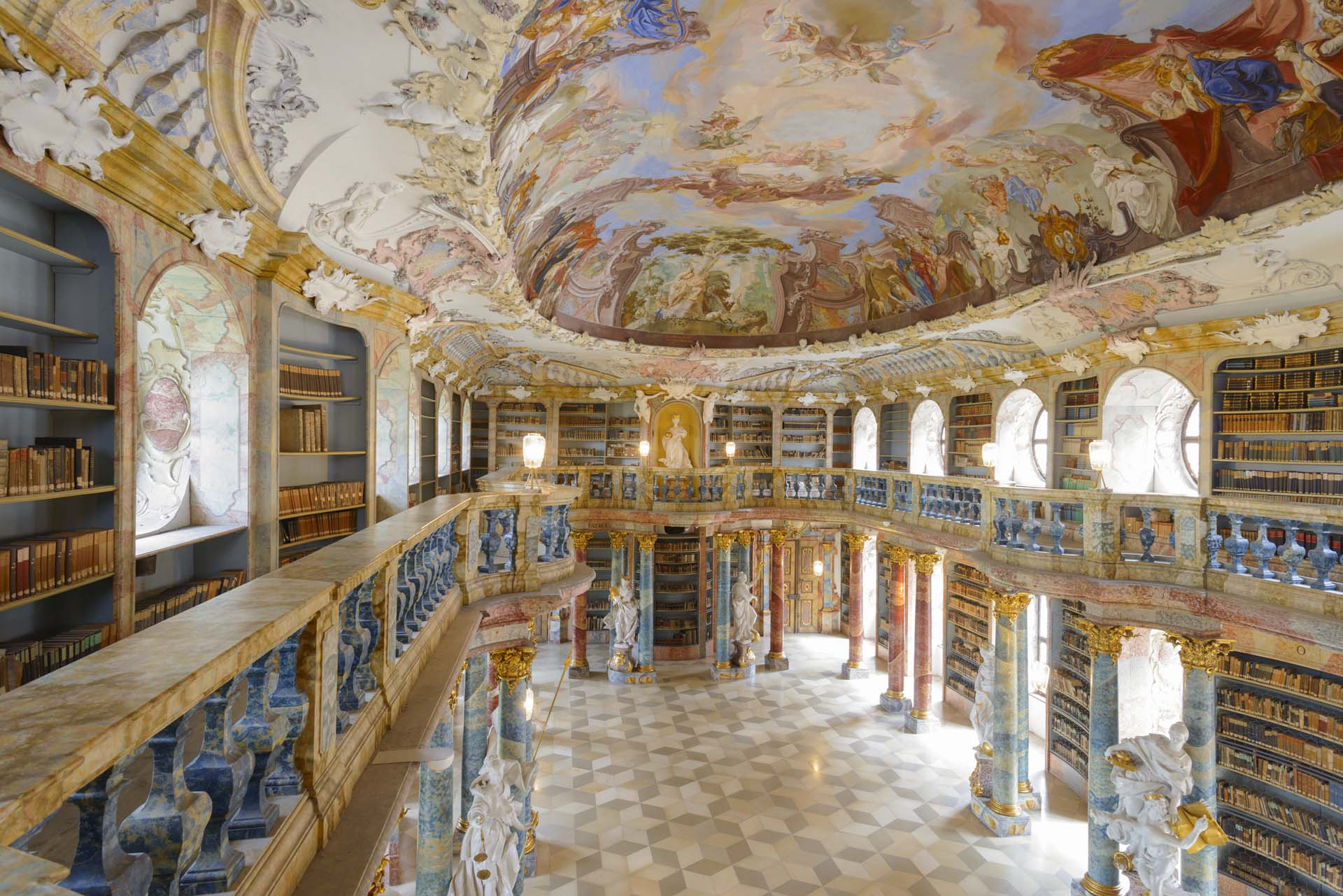 Bibliothekssaal im Kloster Wiblingen