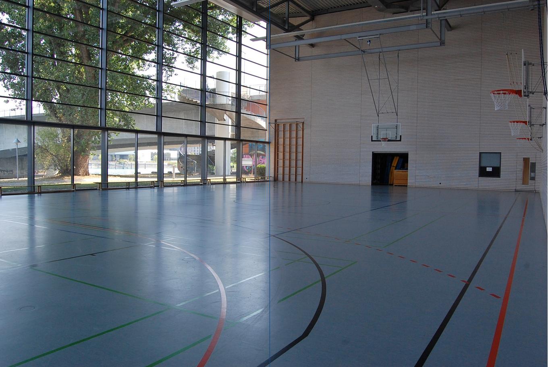 Sch nzle Sporthalle Platz