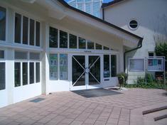 Eingang Rathaus/Tourist-Info Moos