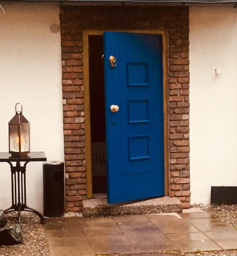 Blue Door Bar