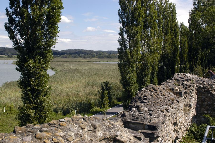 Blick von der Aussichtsplattform Richtung Gnadensee