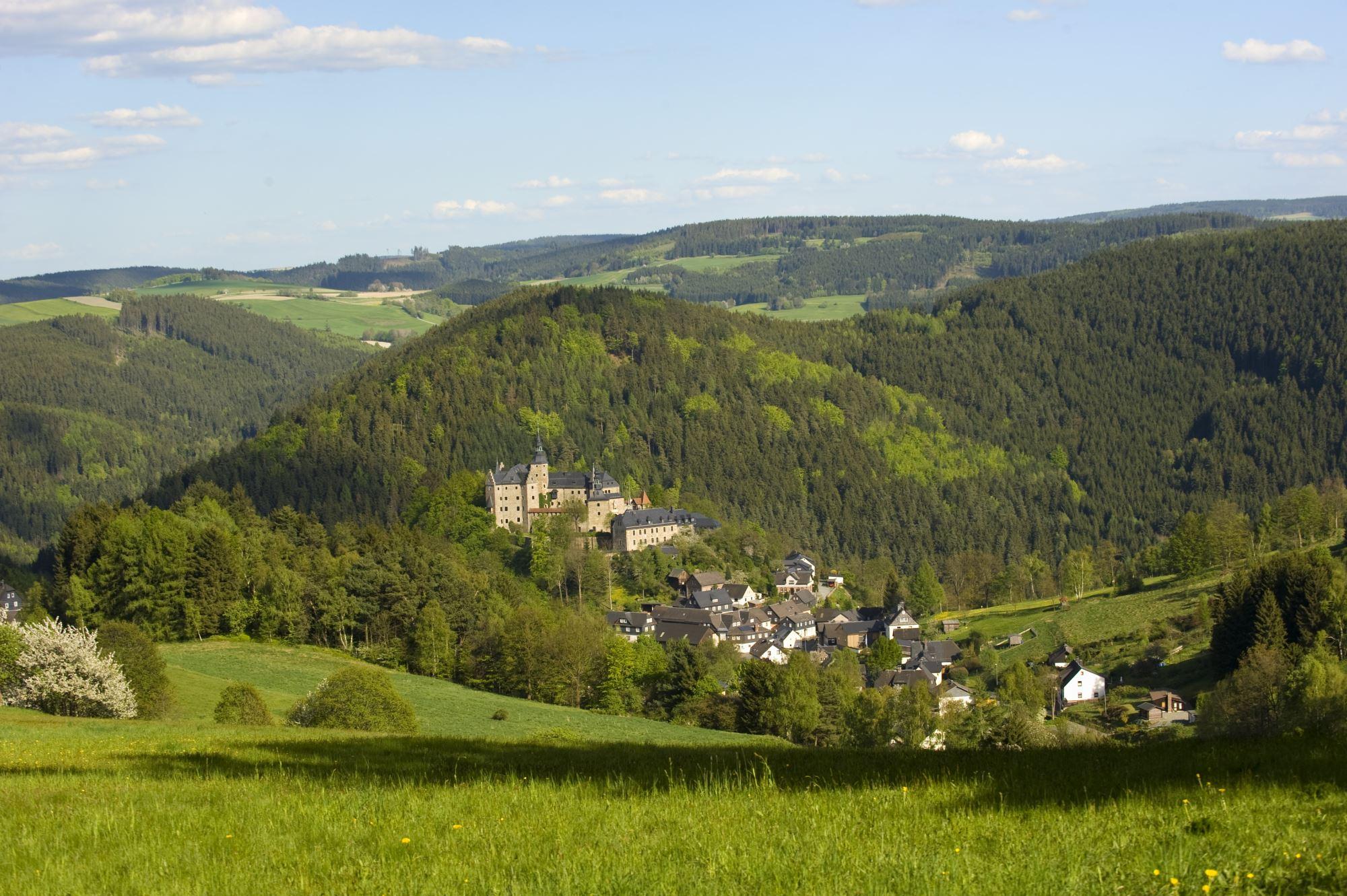Blick auf Burg Lauenstei